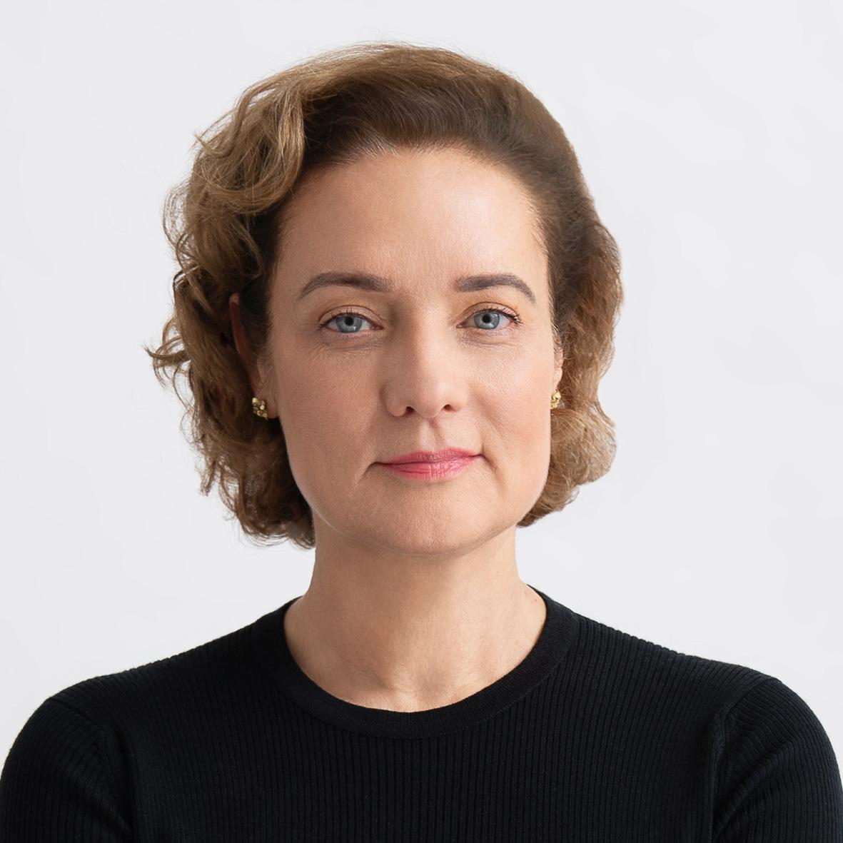 Karin Arnold  Stellvertretende Vorstandsvorsitzende